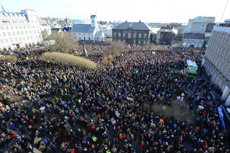 iceland protests pirate party panama papers