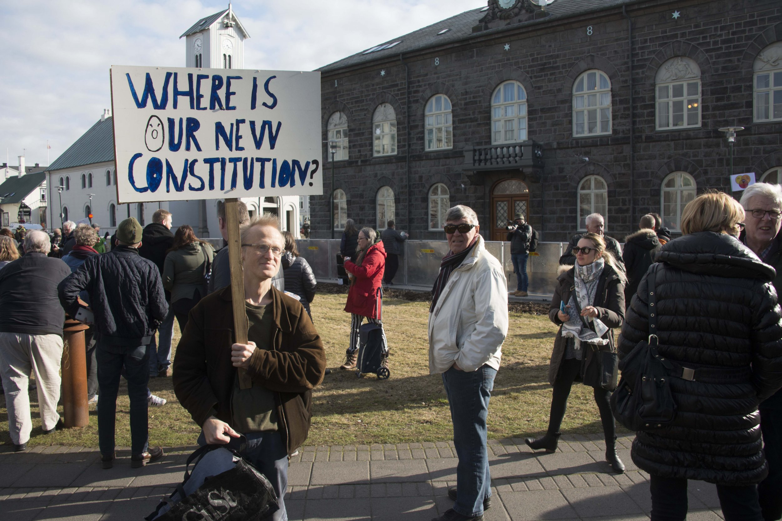iceland protests panama papers prime minister
