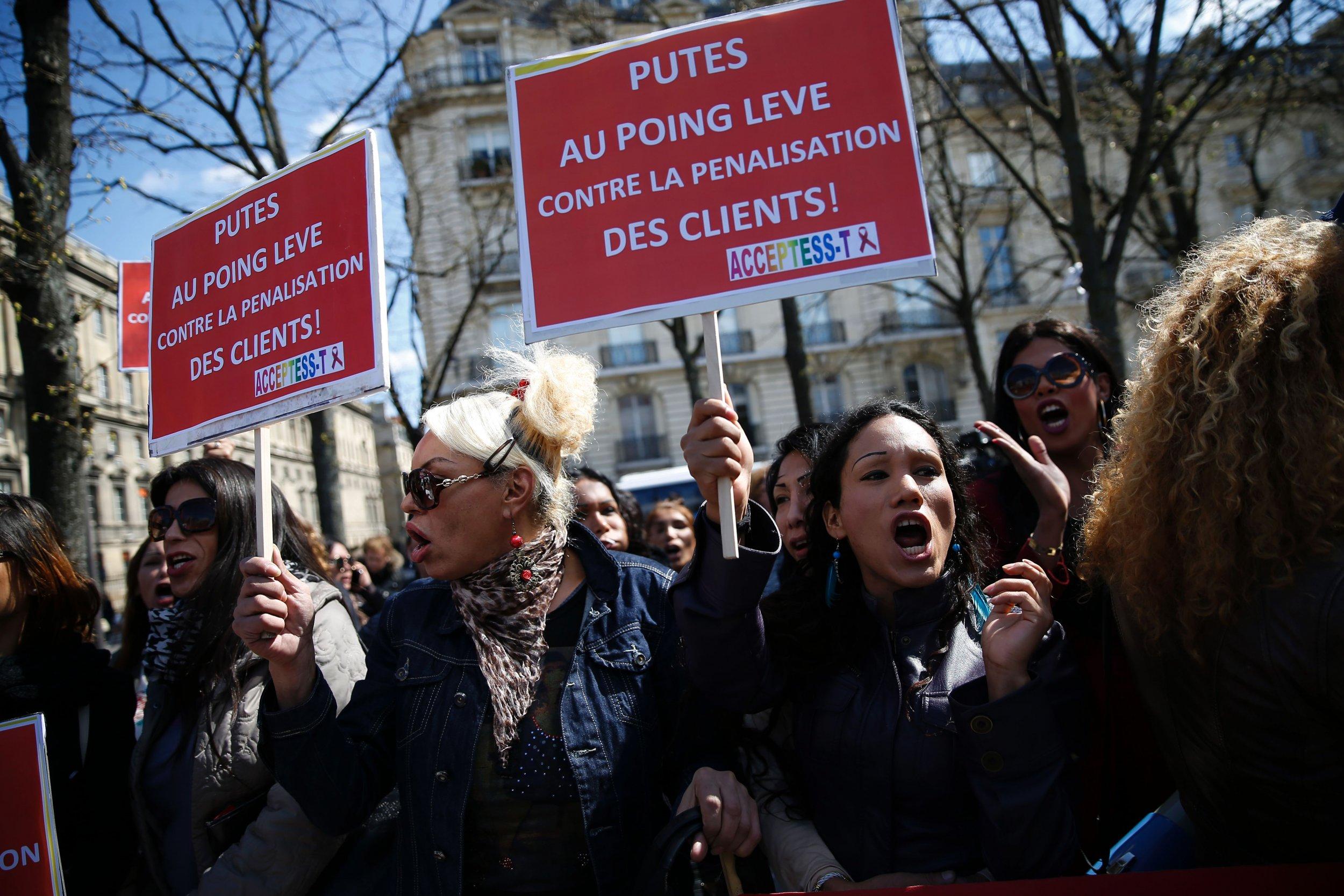 Violent Protests Against Draft Labor Reform In France