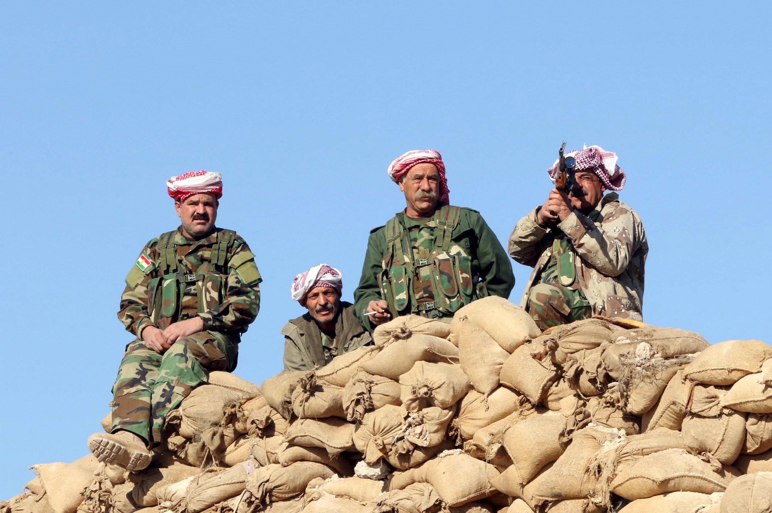 04_11_Help_Kurds_01