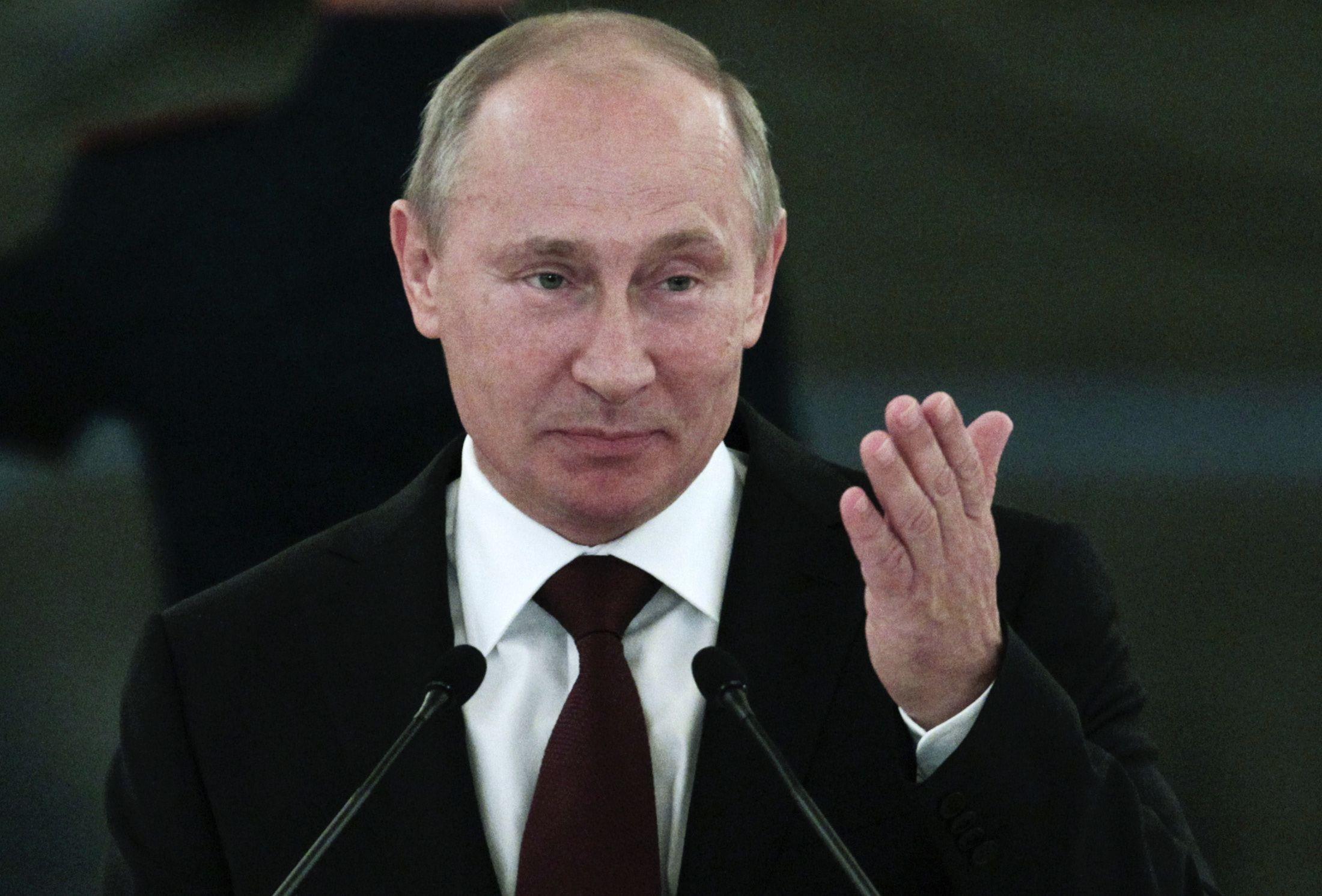 04_08_Putin_Panama_01