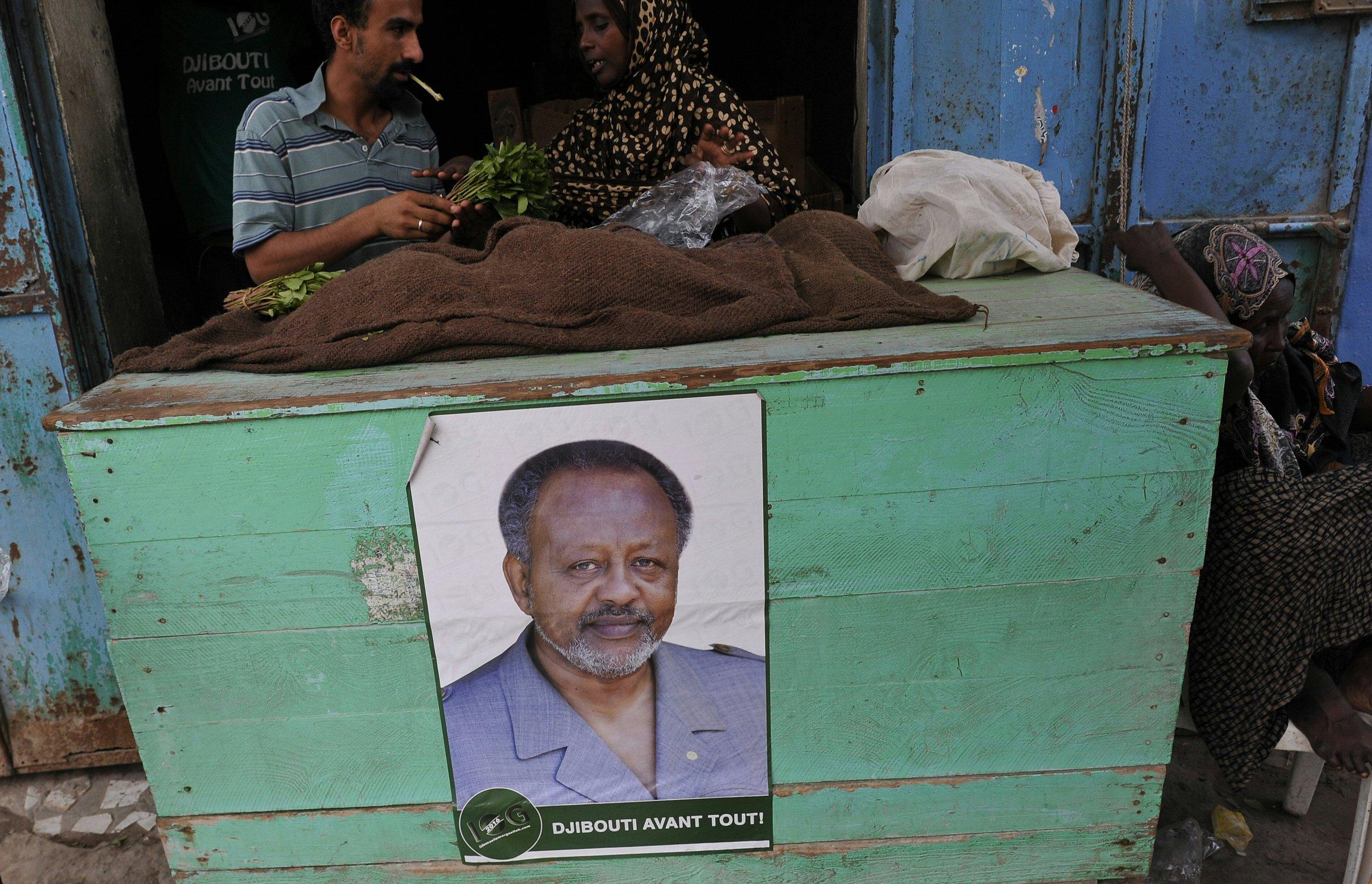 Poster of Djiboutian President Ismaïl Omar Guelleh.