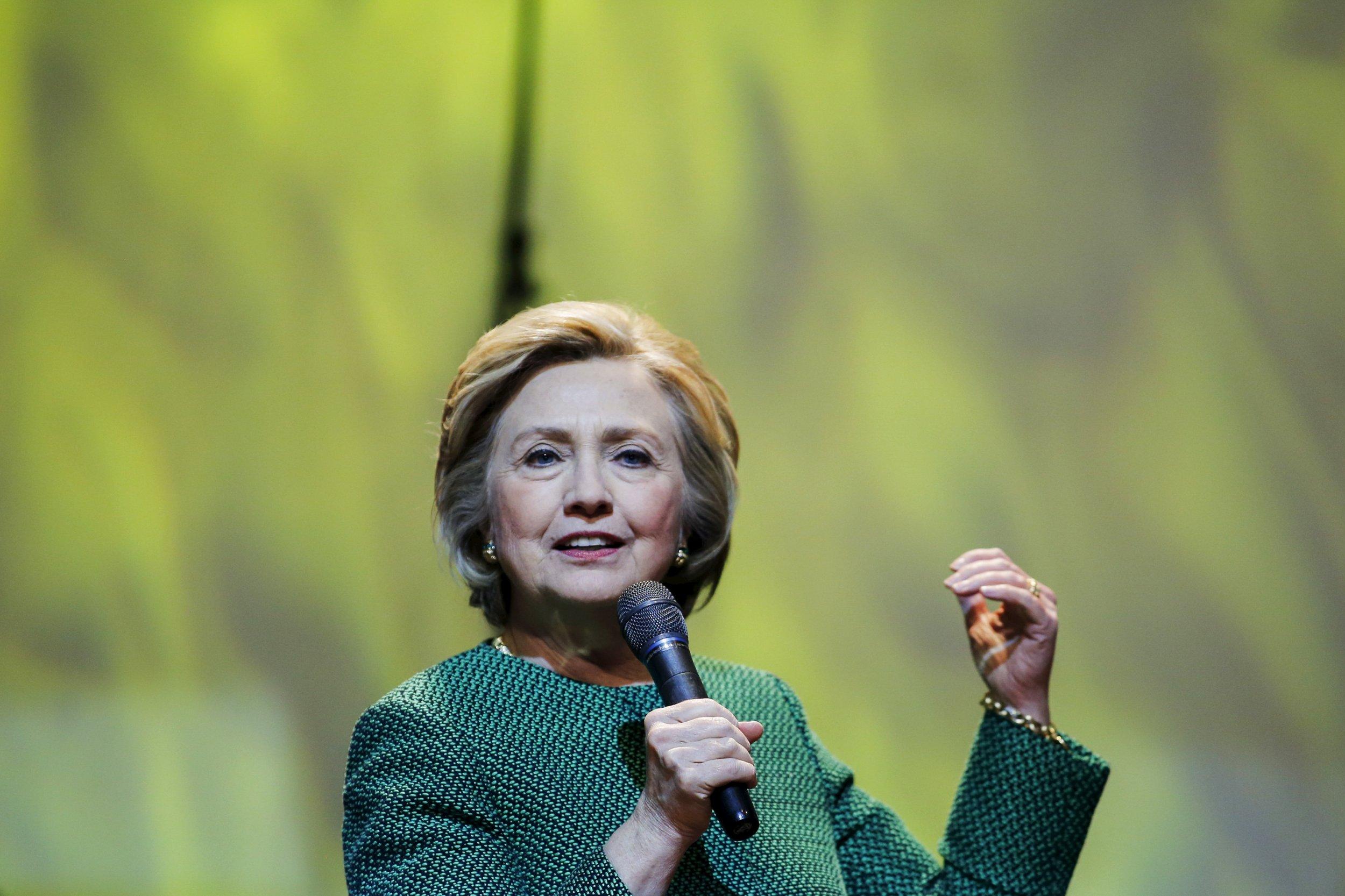 04_11_Hillary_Clinton_01