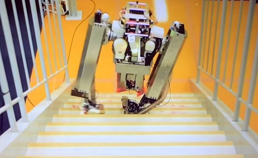 Alphabet robot Google X Schaft bi-pedal