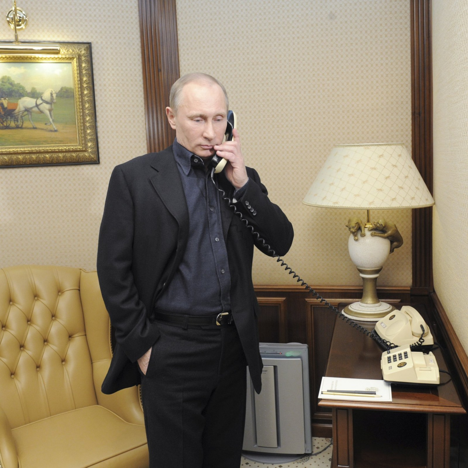 Sex Drugs And Putin Clones What To Expect At Putin S Hotline Show