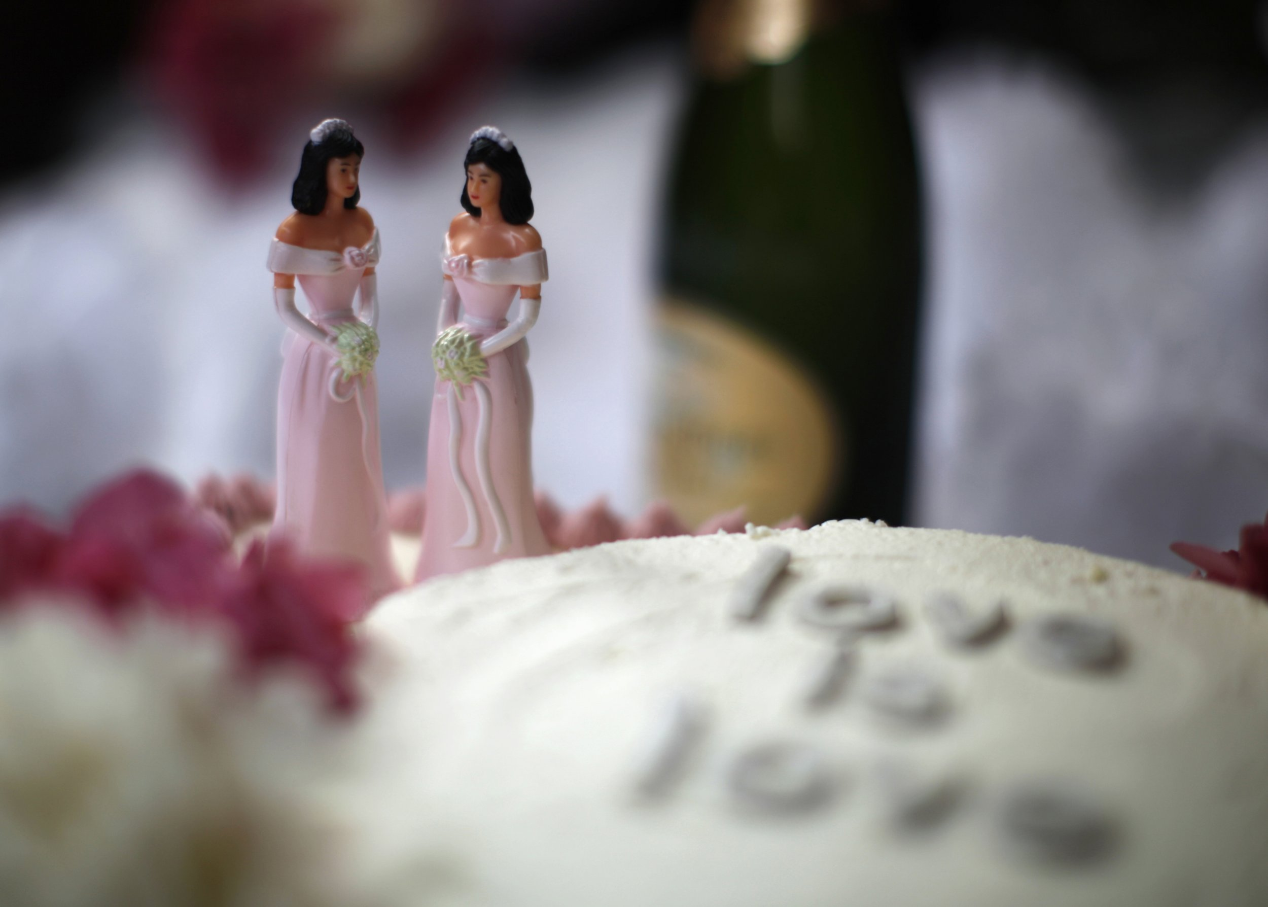 wedding cakes for gay couples must a bake a cake for a 24373