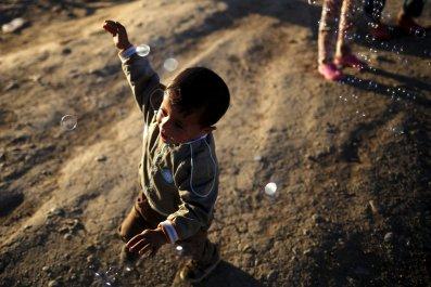 15/04/2016_Refugee child