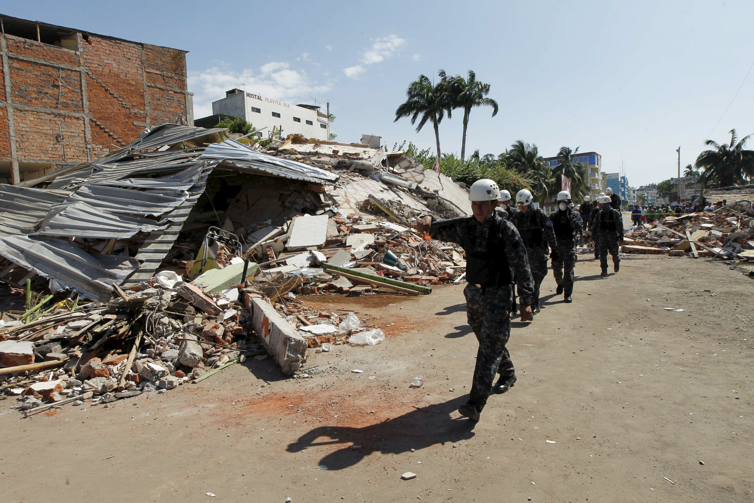 ecuador_earthquake_0418_01
