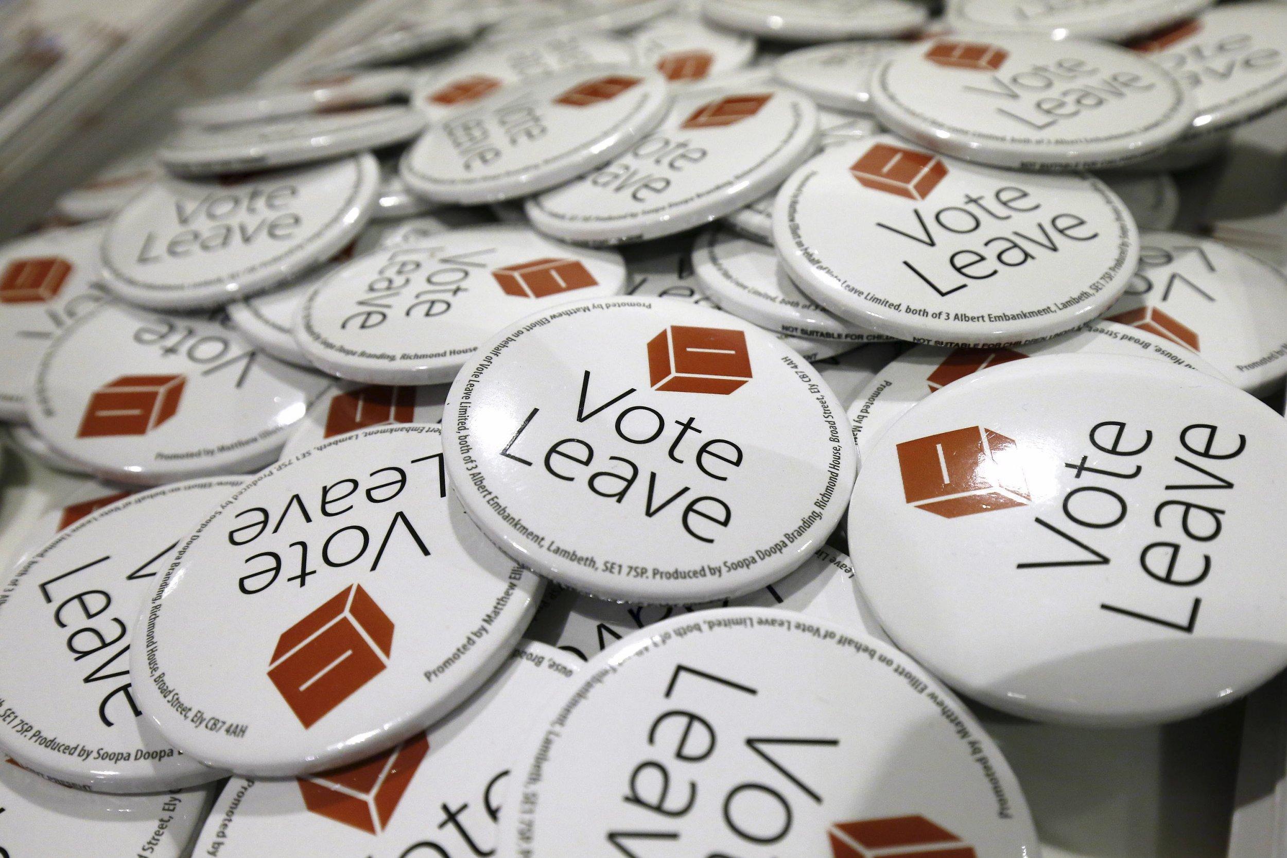 15/04/2016-Vote Leave Badges