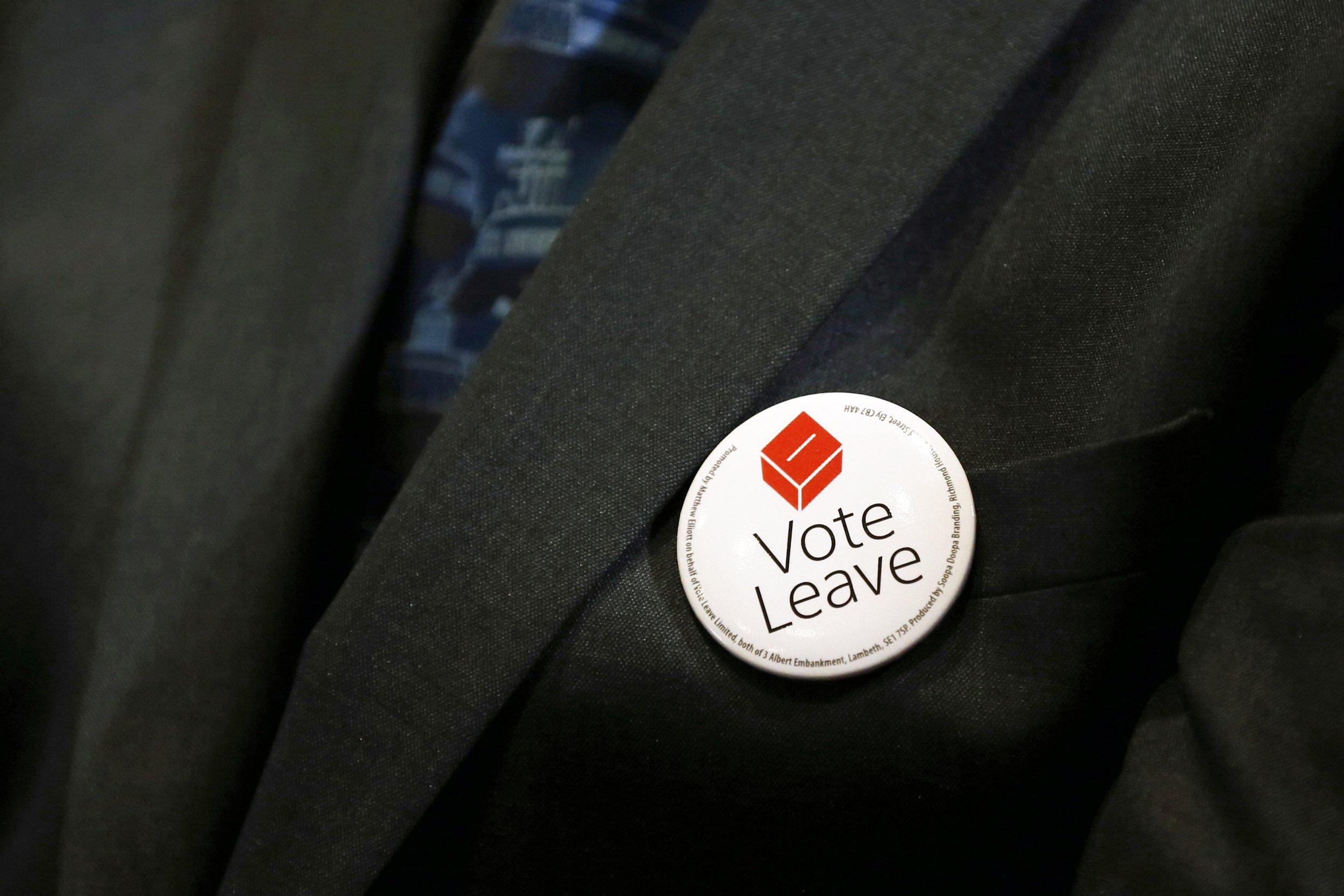 08/03/2016_Vote Leave Badge