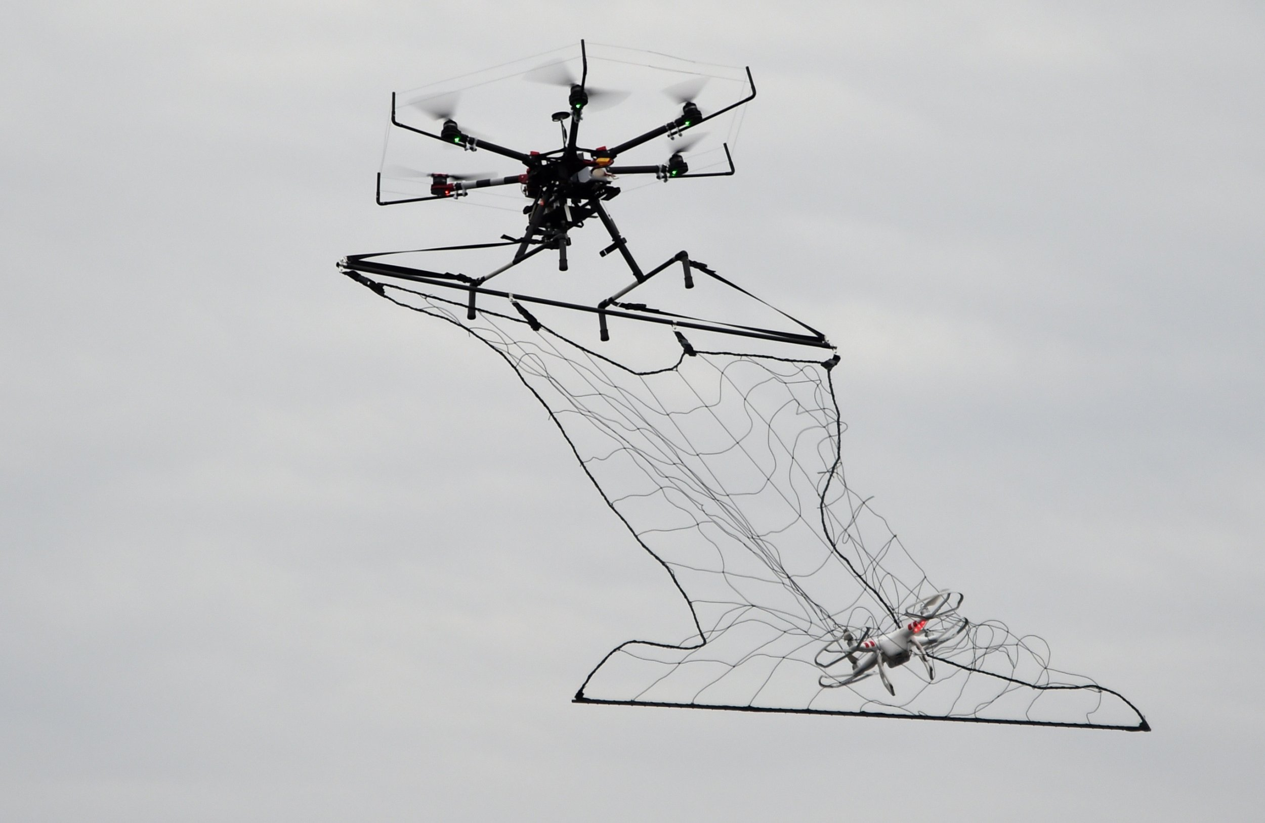 London Drone Ban During Barack Obama Visit to U.K. on