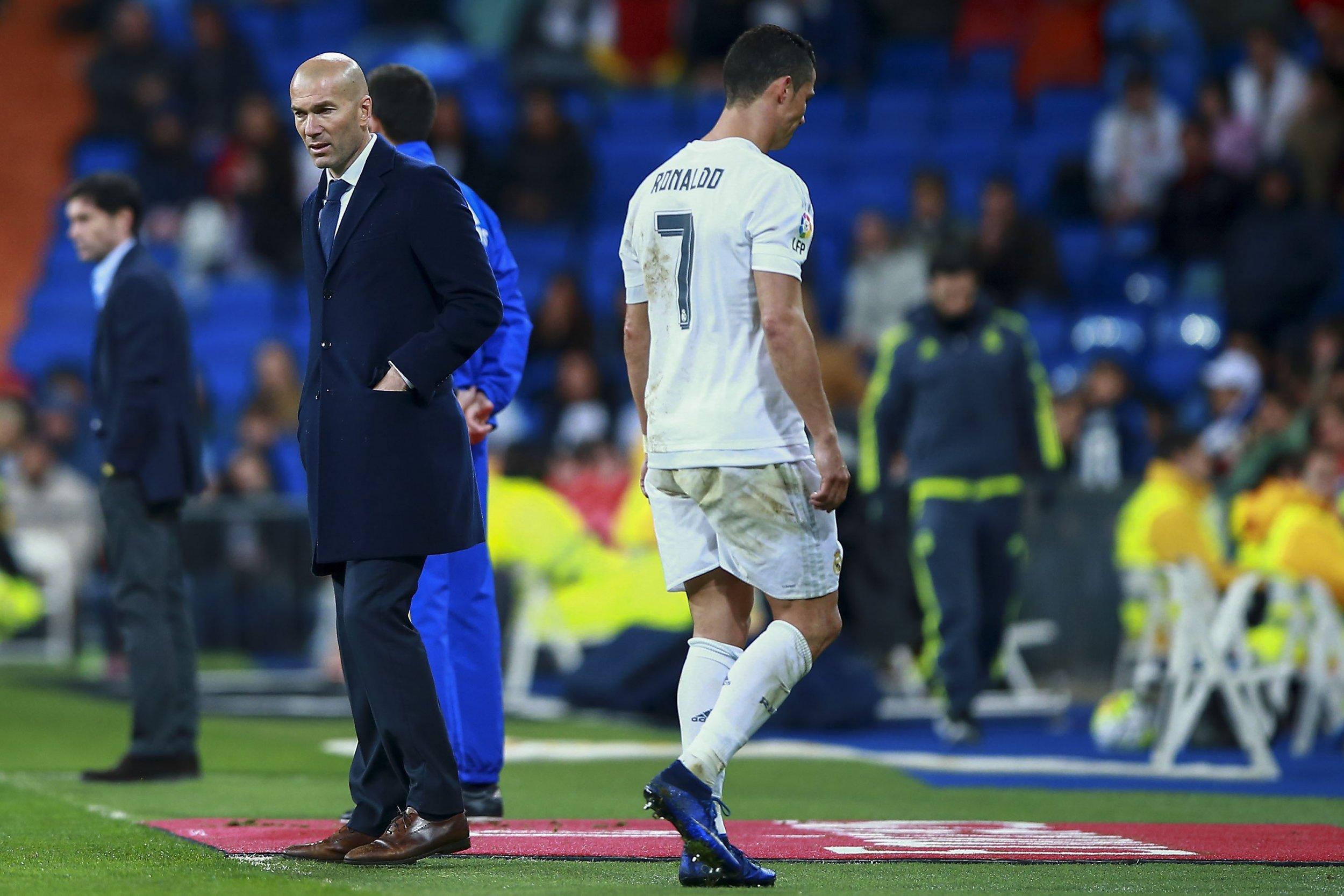 Ronaldo limps off.