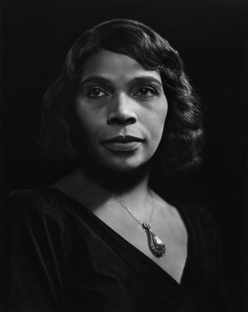 04_21_Marian_Anderson_currency_03