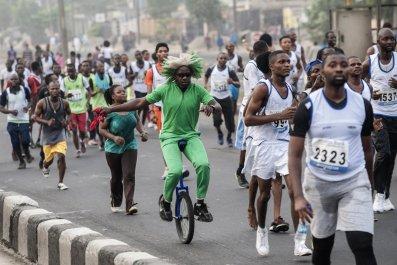 Lagos marathon runners.