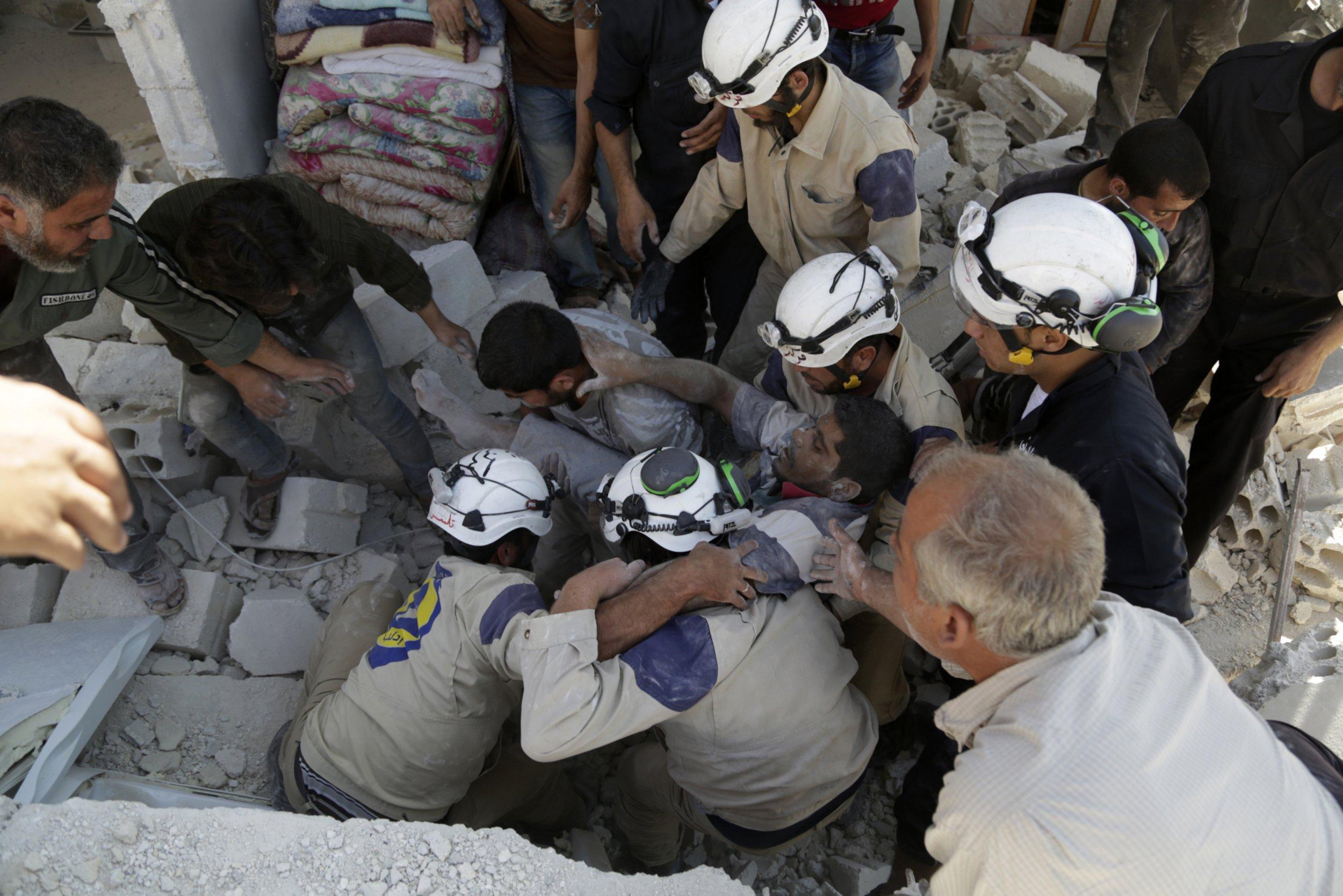 raed_saleh_syrian_civil_defense_0422