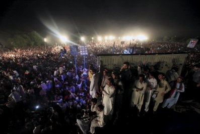 04_24_pakistan-01