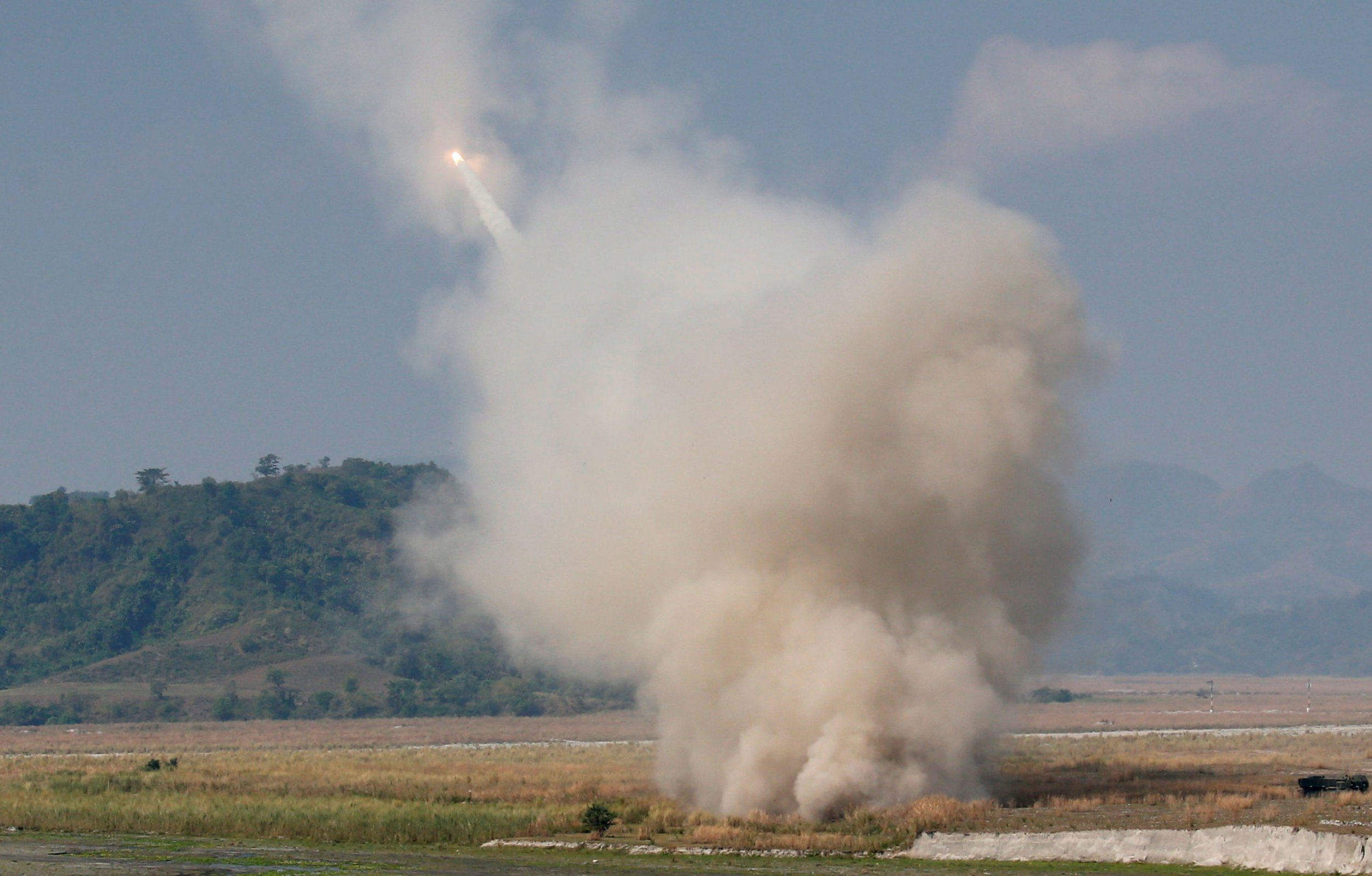 0426_us_rocket_launcher_turkey_syria