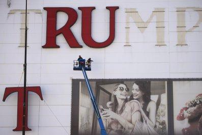 04-26_Trump_Casino_01