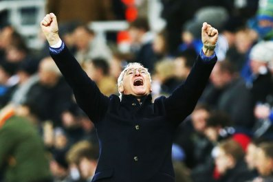 Claudio Ranieri celebrates