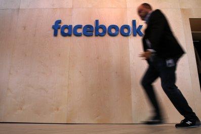 04_28_Facebook_France_restricted