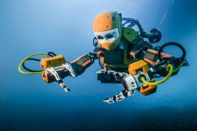 artificial intelligence OceanOne robotics AI scuba
