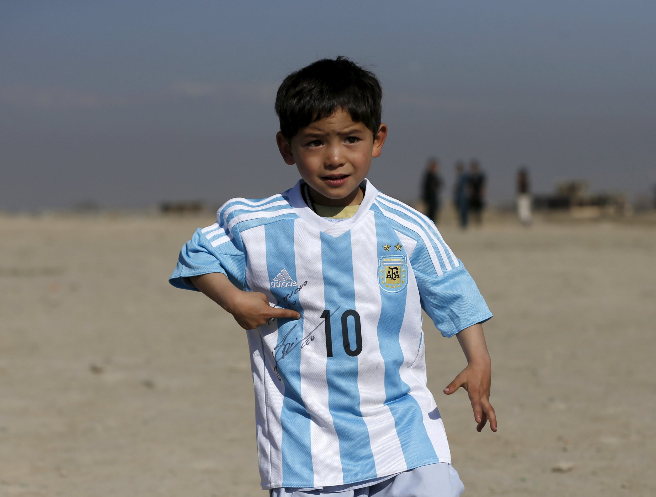 0503_afghanistan_messi
