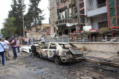 aleppo_burning_hospital_0503_01