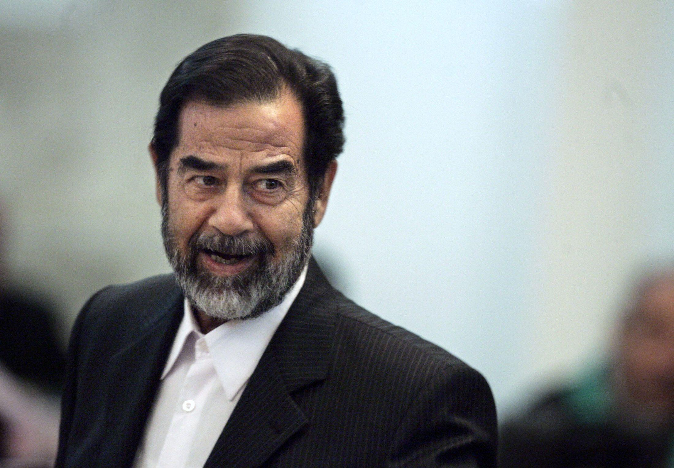 05_04_Saddam_Dictator_01