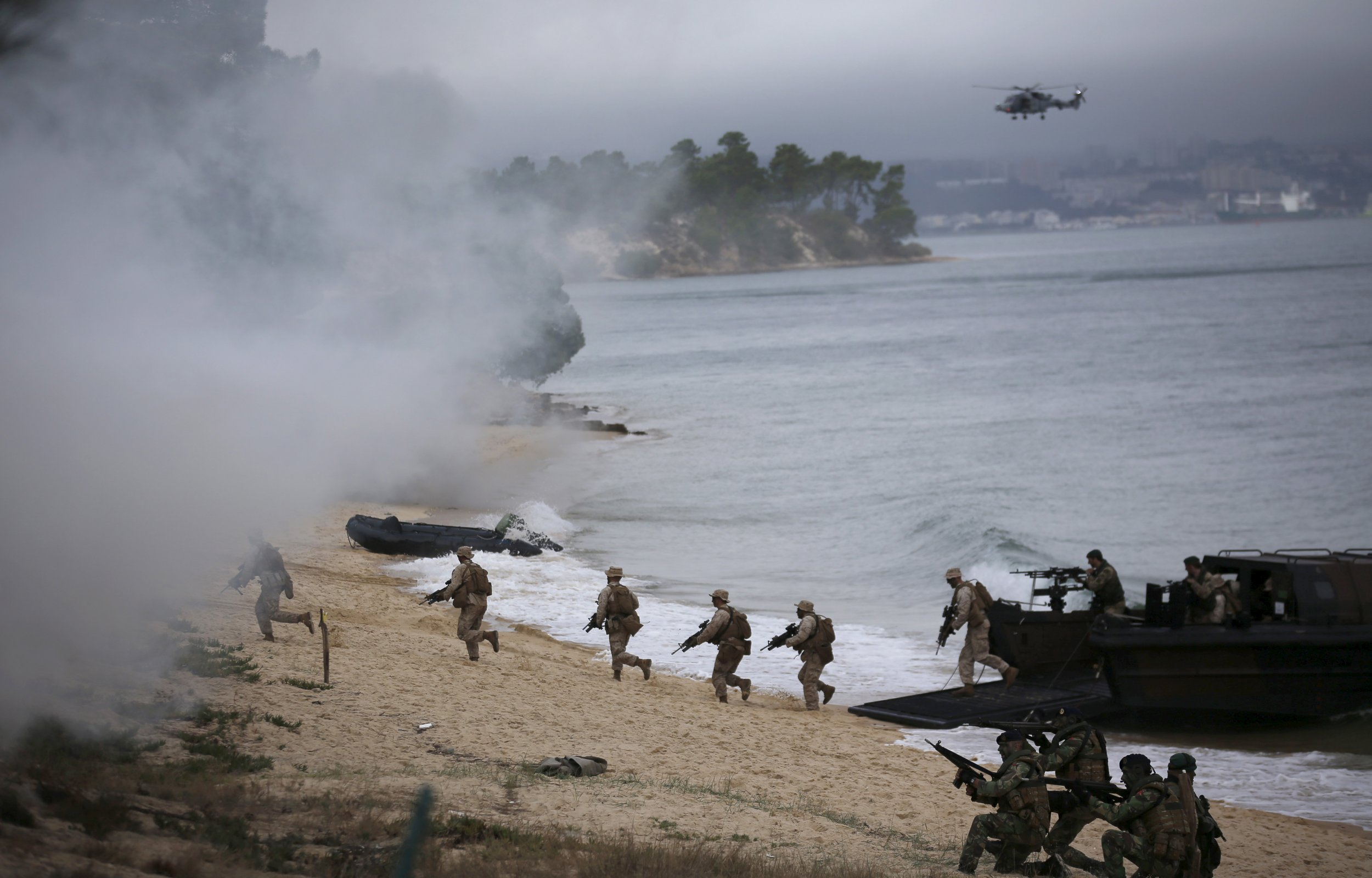 russian aggression means defending - HD2500×1600