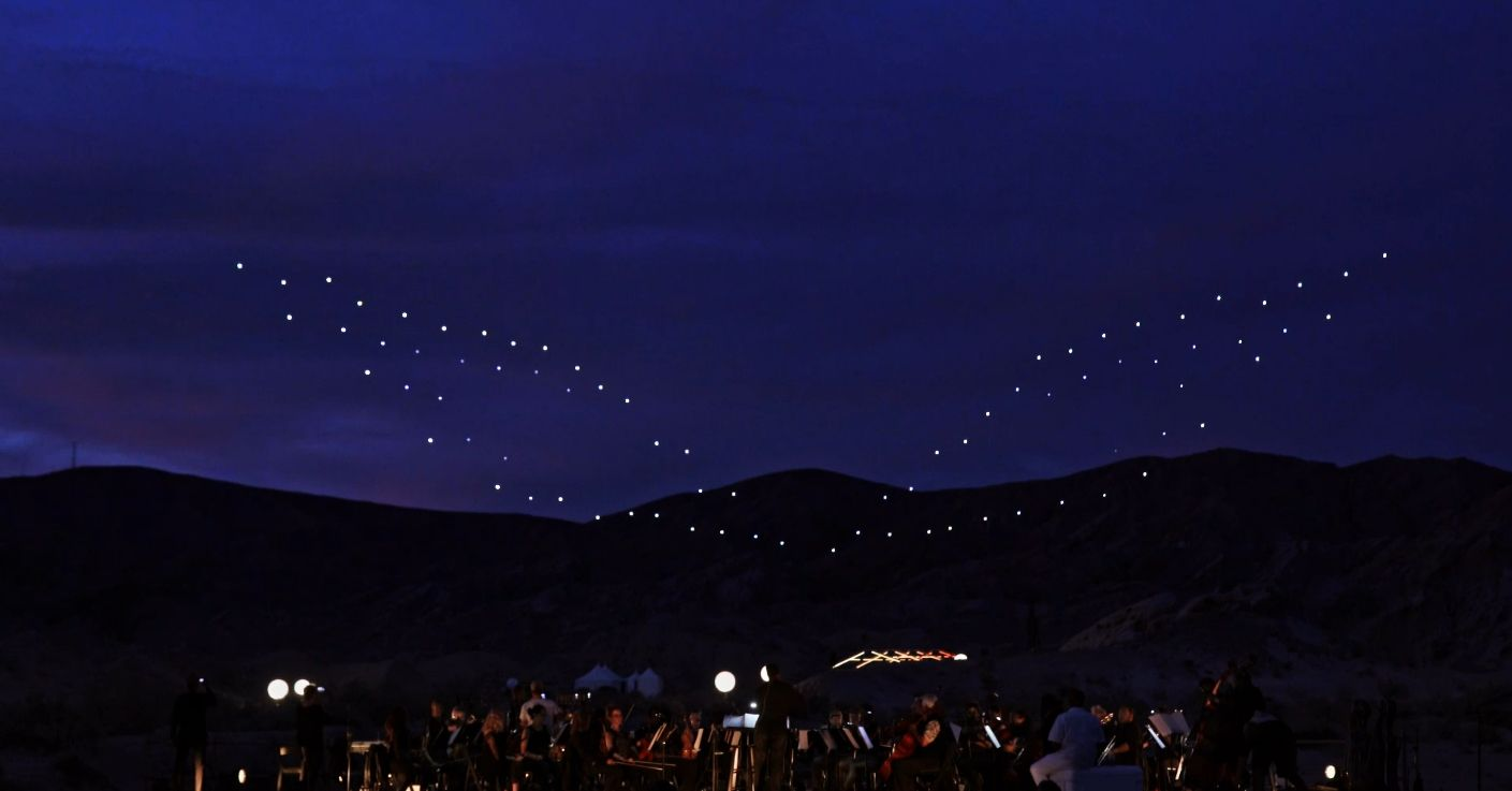 Watch 100 Synchronized Drones Put On A Light Show Above Mojave Desert