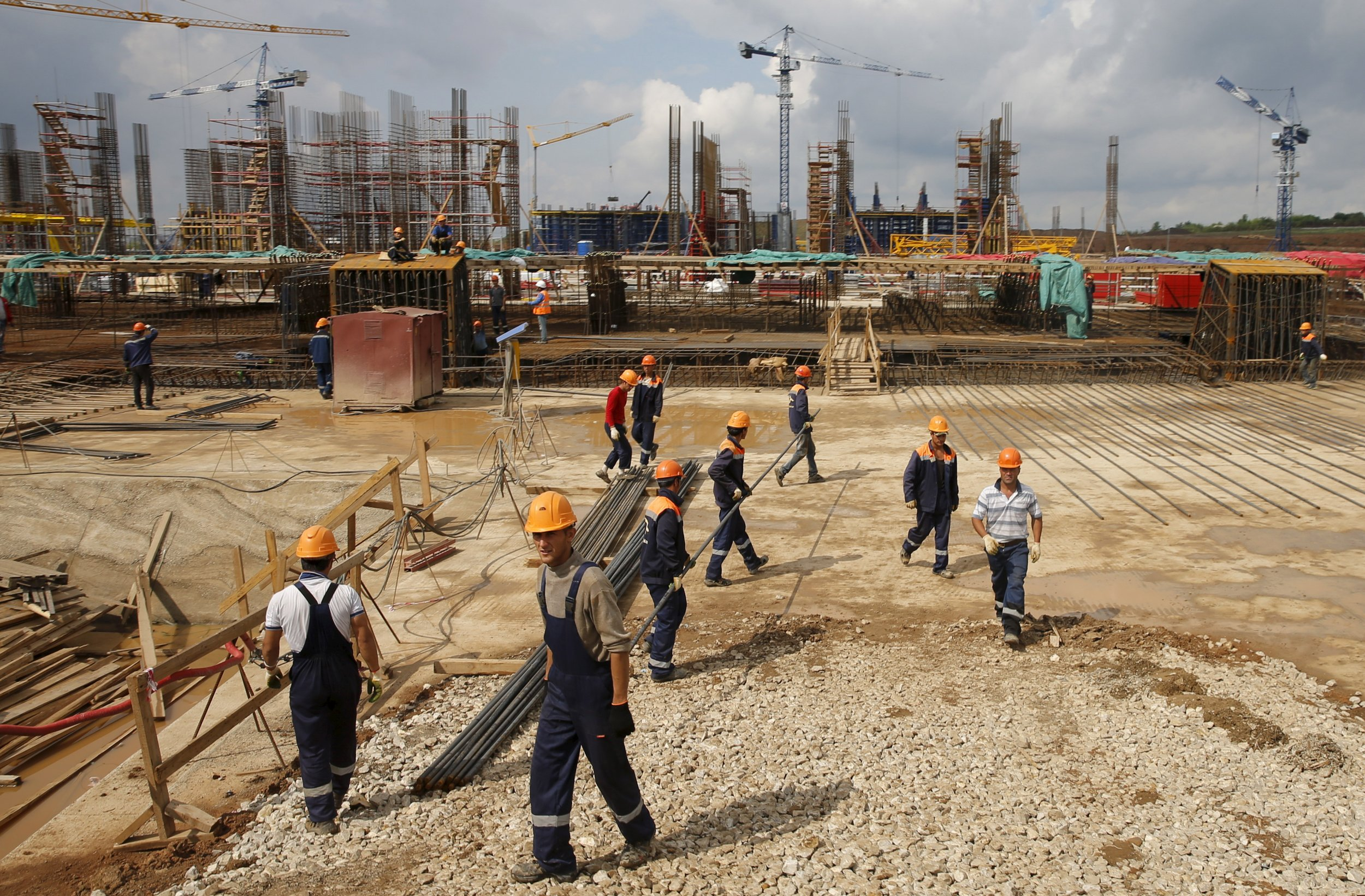Samara football stadium being constructed