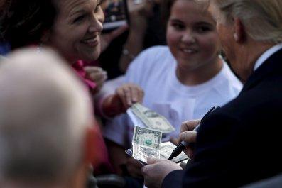 05_11_Trump_Debt_01
