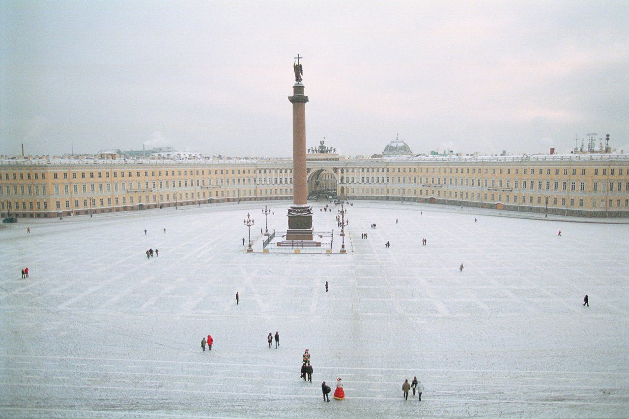 novakovich-OM05-the-city-st-petersburg-main-tease