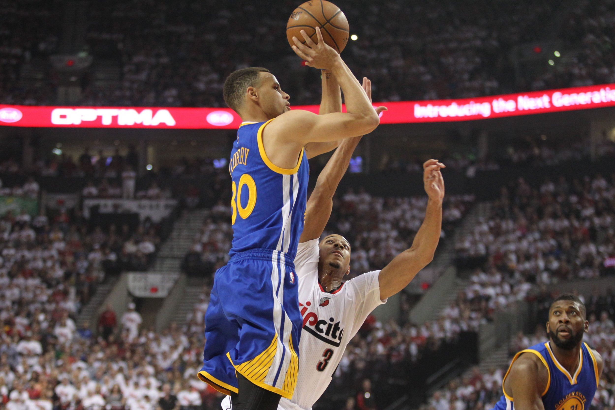 e4eb7152f91d Curry shot above 45 percent from beyond the arc while making an NBA-record  402 this season. USA TODAY SPORTS