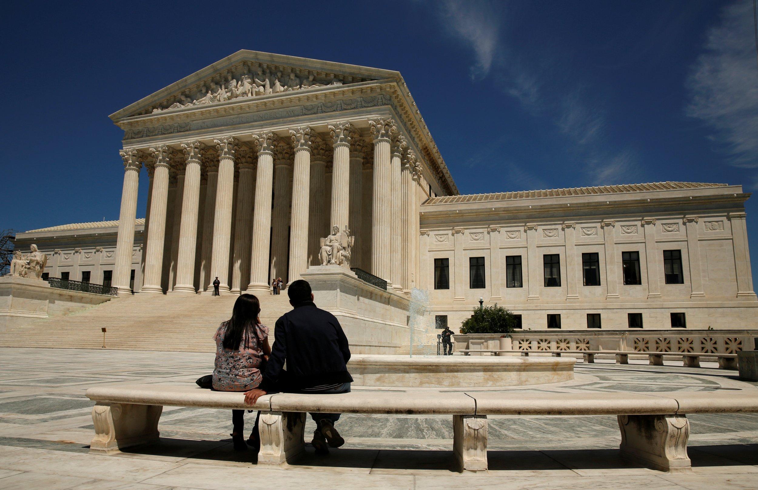 05_16_Supreme_Court_01
