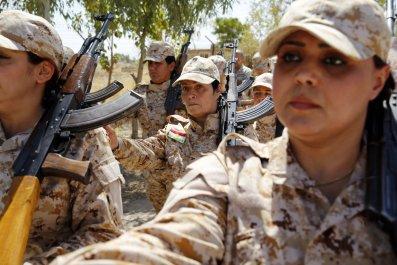 05_22_Peshmerga_Women_01