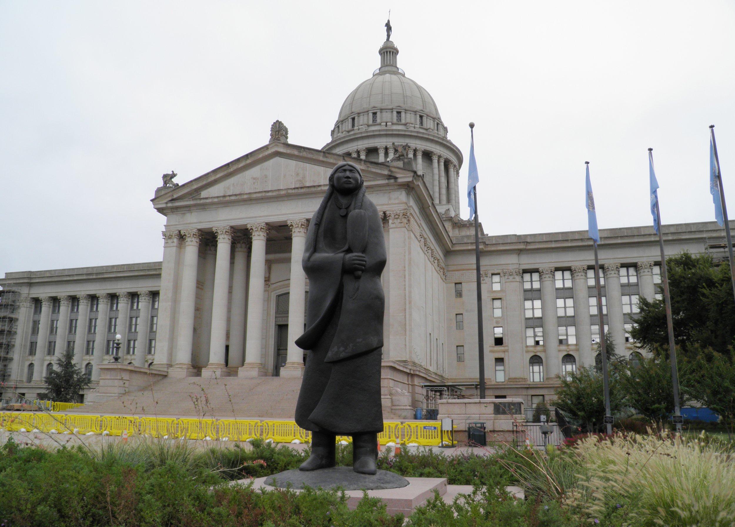 05_20_Oklahoma_State_Capitol_01