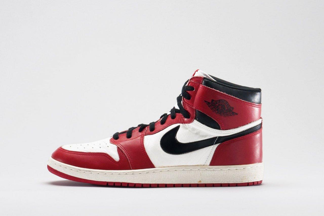 06_03_Sneakers_01