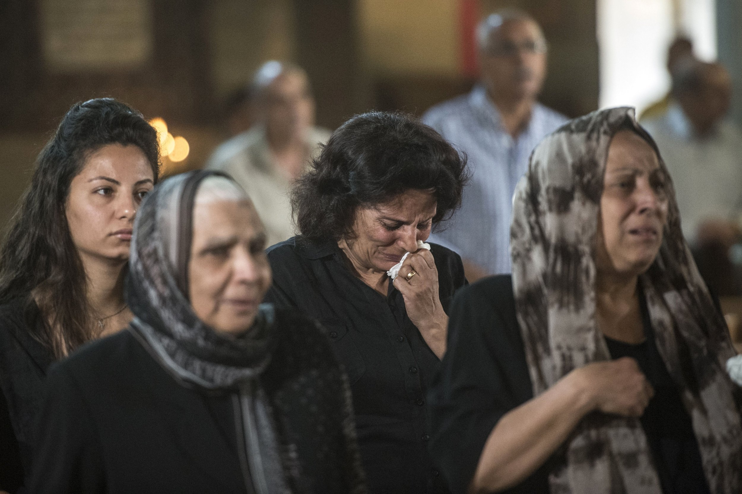 Mourning family members of EgyptAir crew