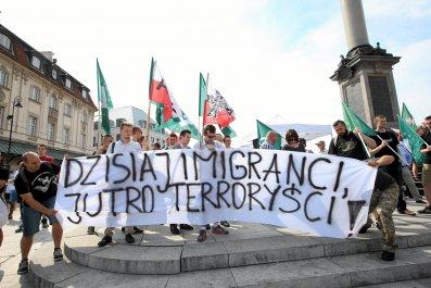 Polish far-right protesters