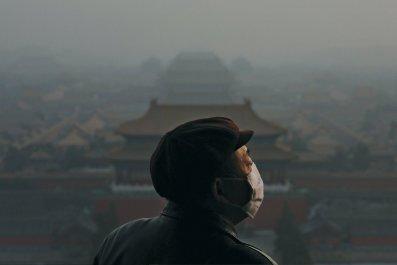 NB51-liu-peking-pollution-main-tease