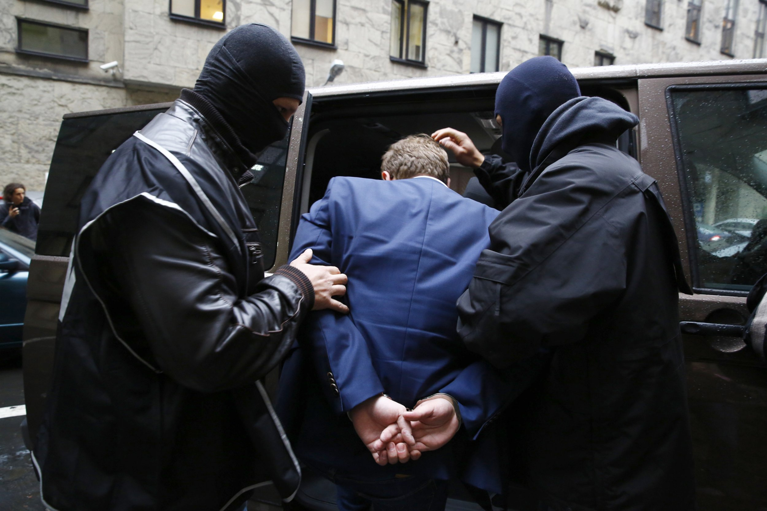 Polish security officials arrest man
