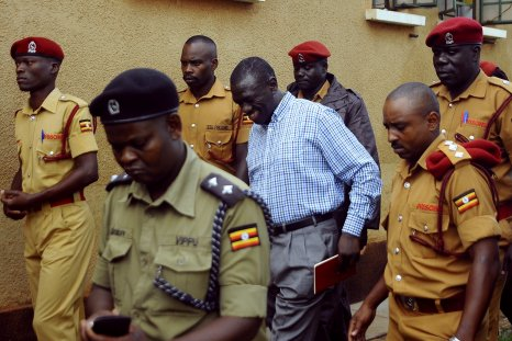 Kizza Besigye goes to court