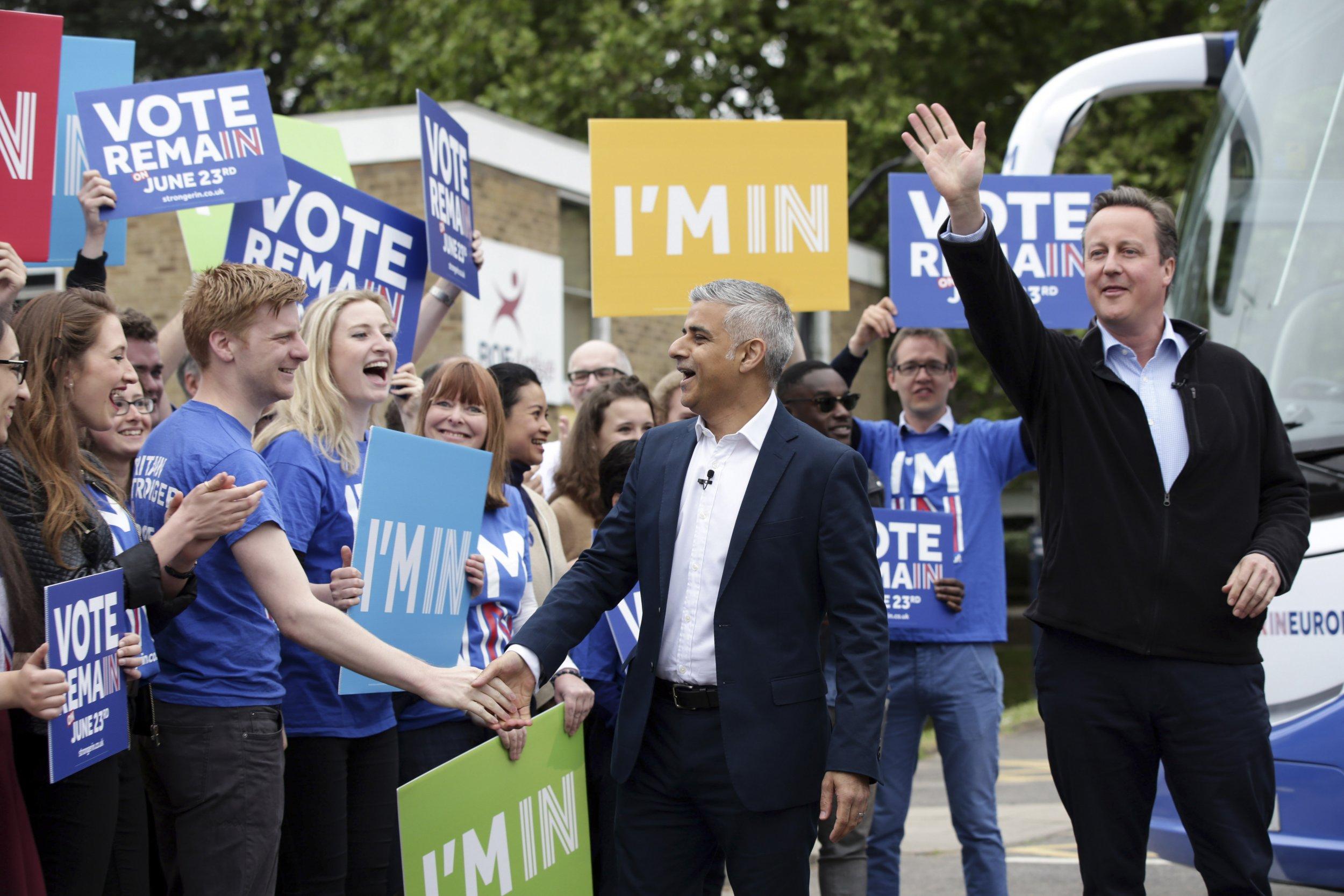 David Cameron (R) and Sadiq Khan (C)