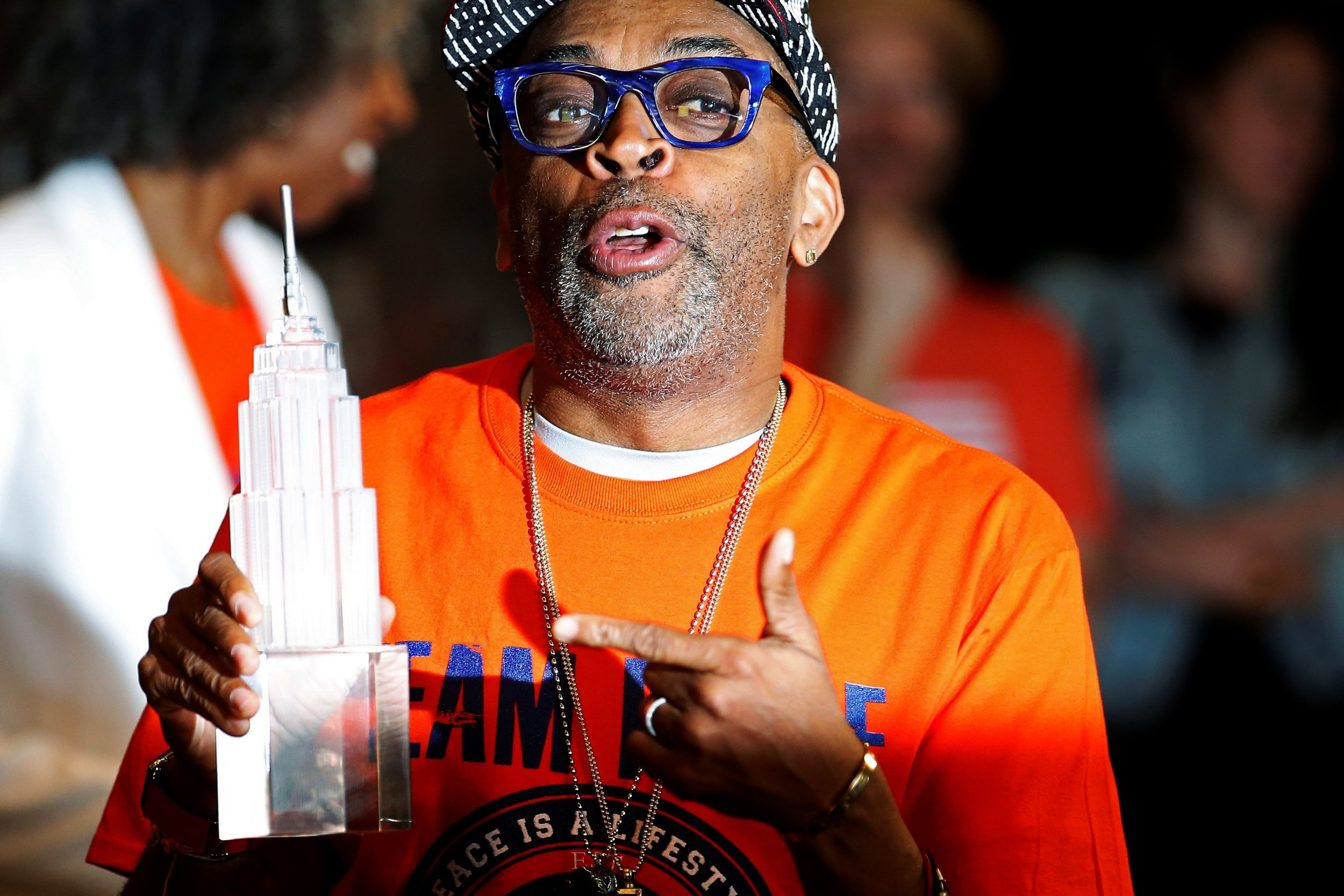 0601_Spike_Lee_Wear_Orange_Campaign_01