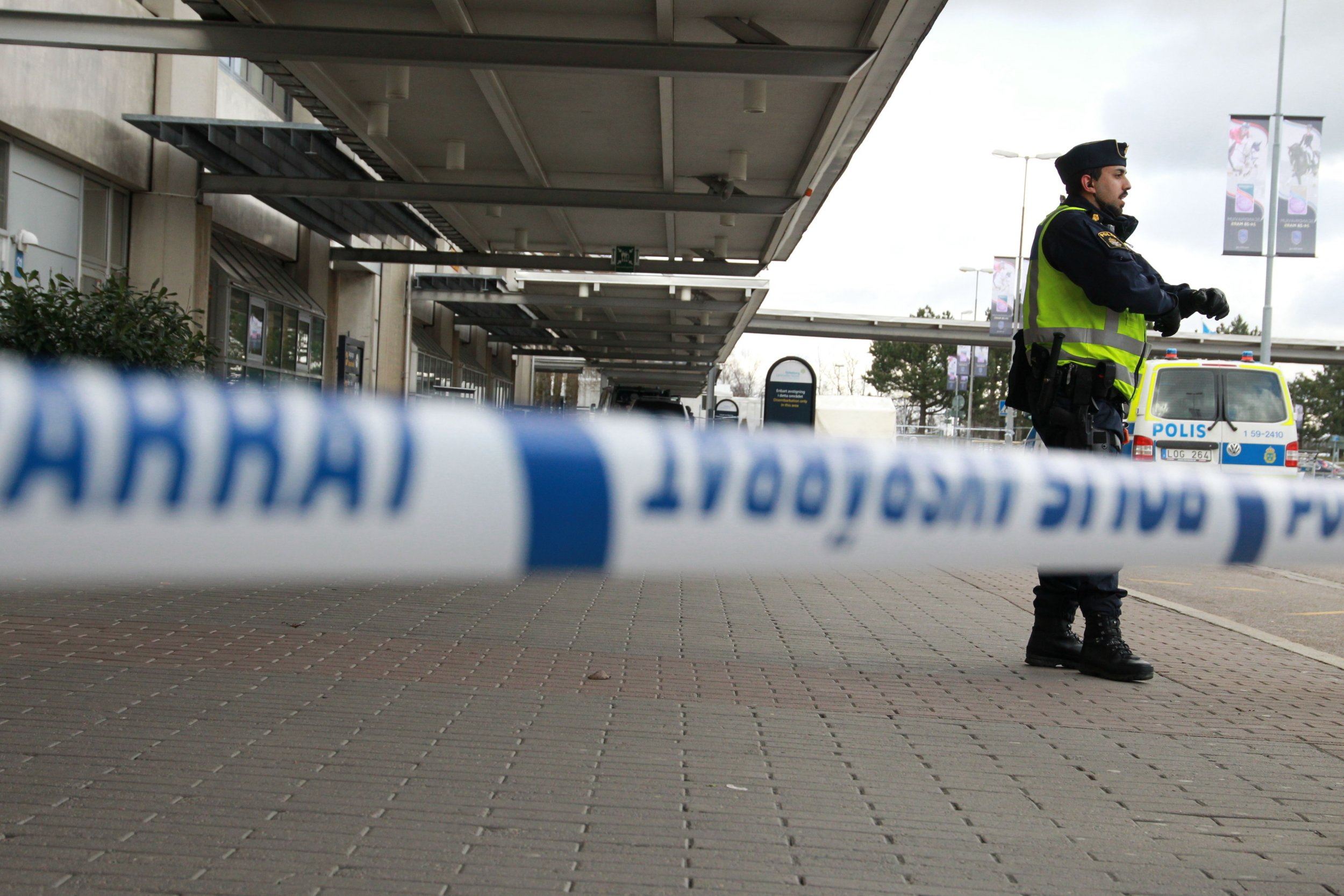 Gothenburg airport bomb scare