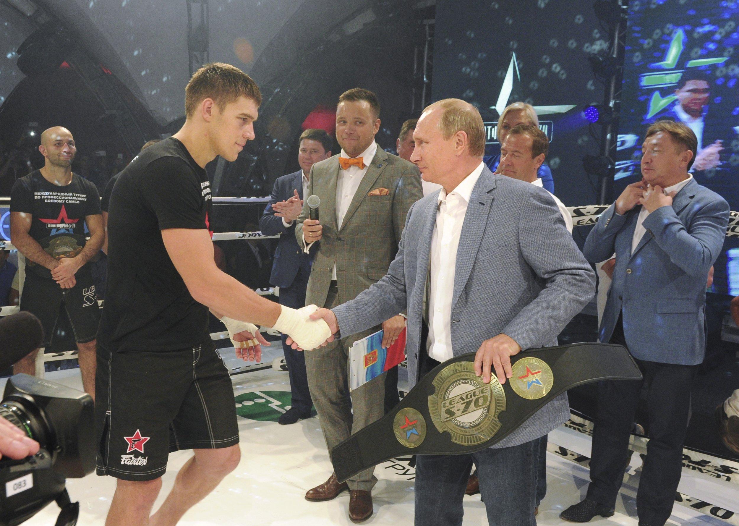 Putin at Sambo tournament