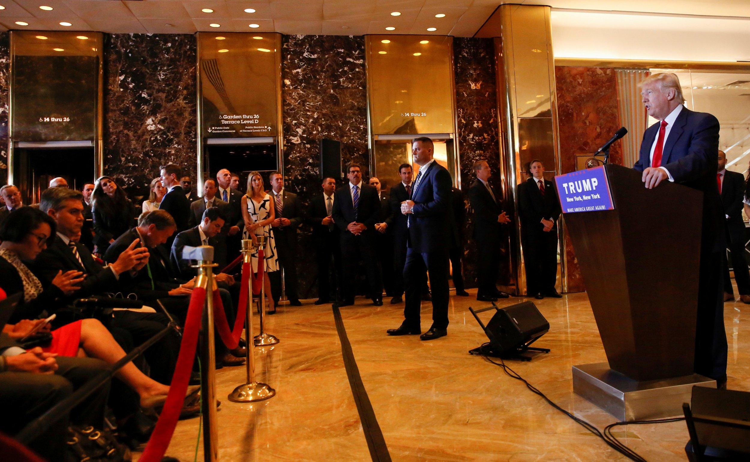 06_06_Trump_Press_01