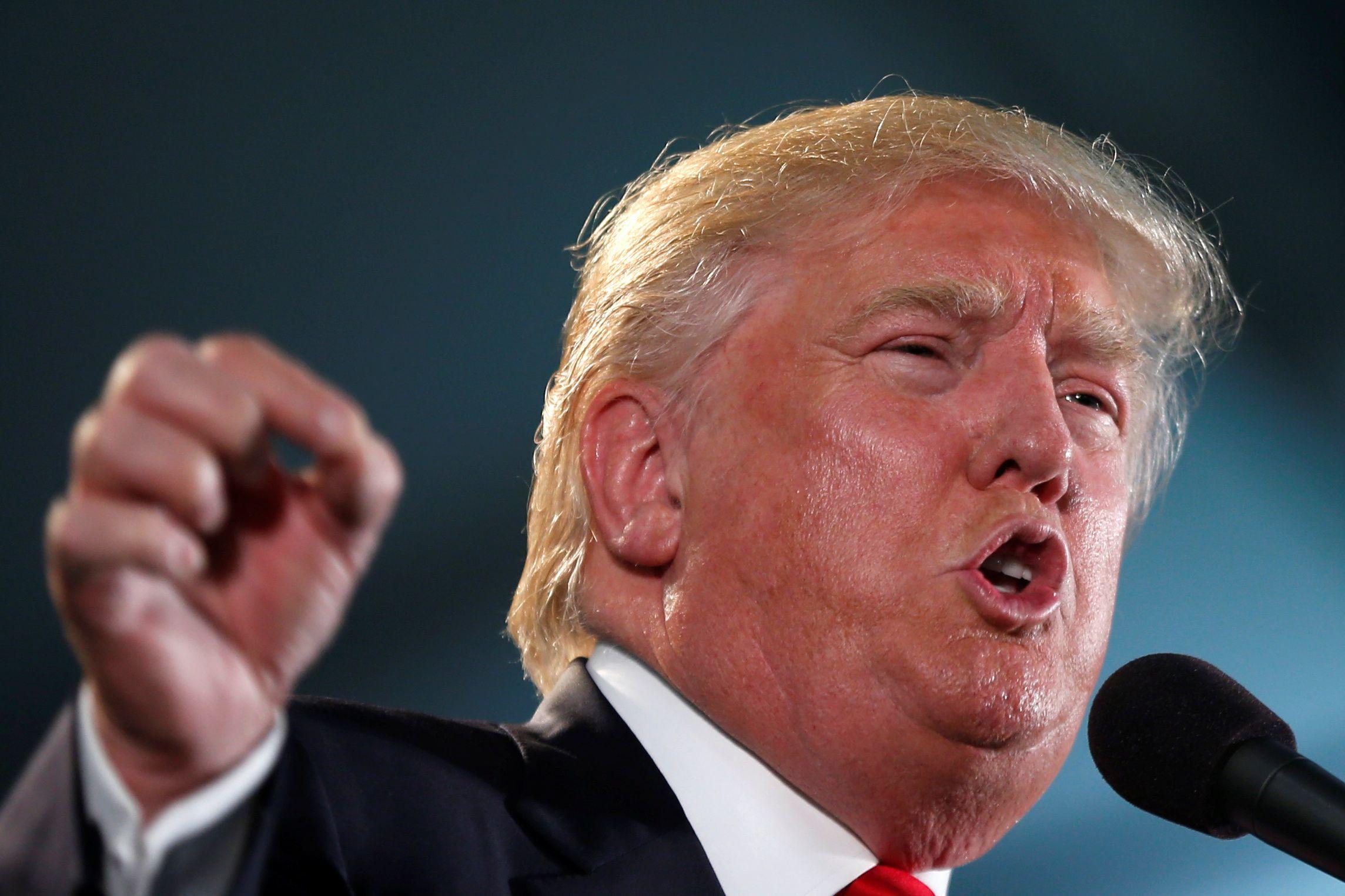 06_07_Trump_Tone_01