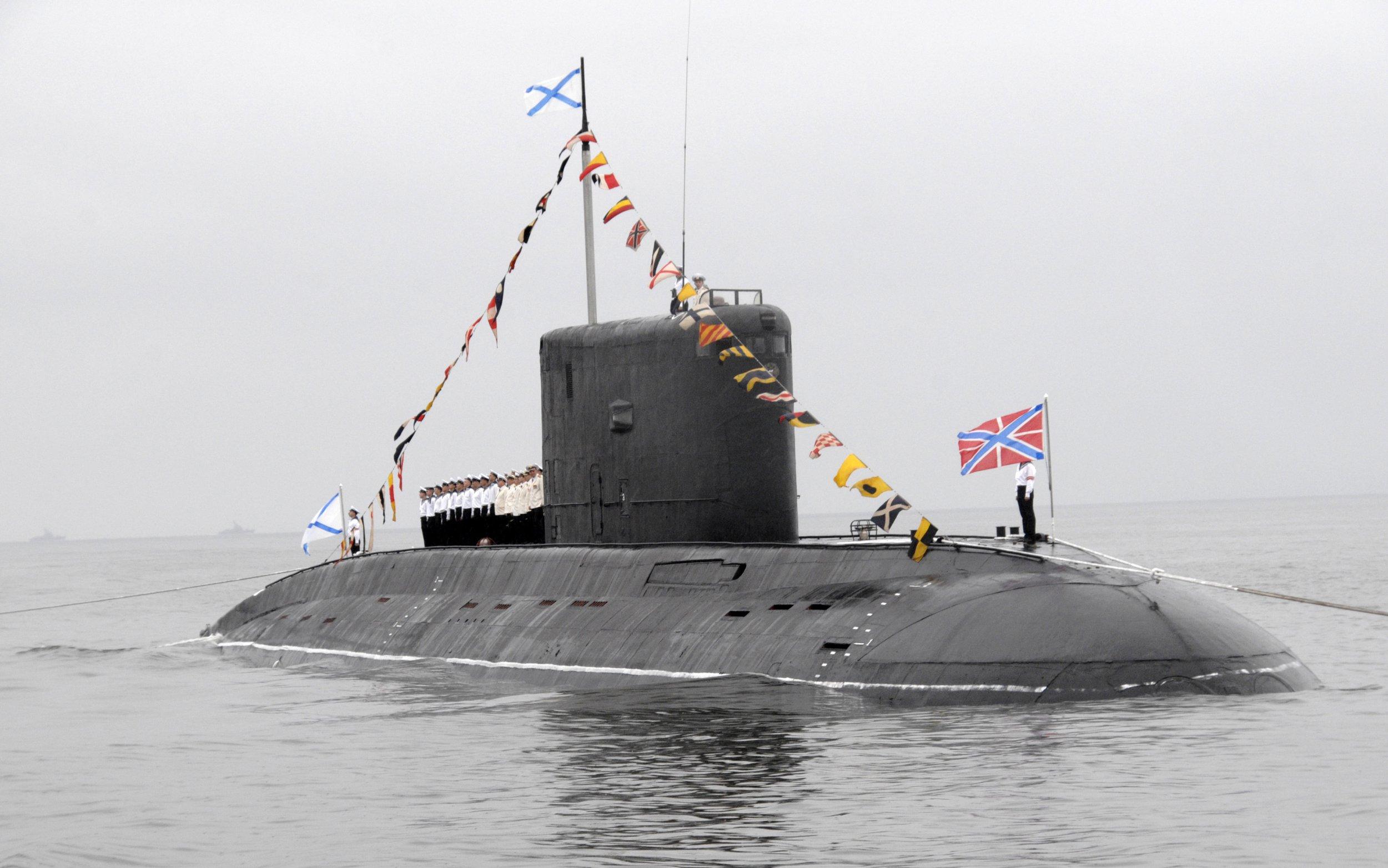 British sailors noticed Russian submarines in the Mediterranean Sea 10/30/2016 3